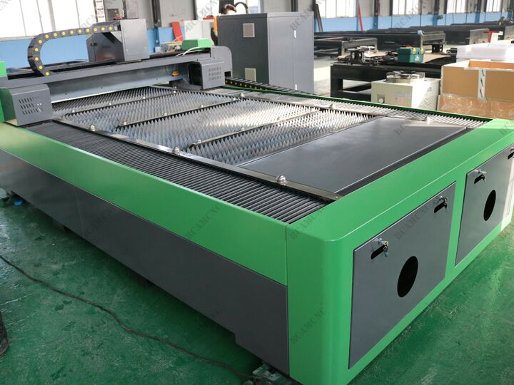 Factory Supply Attractive Price Sheet And Tube fiber laser cutting machine
