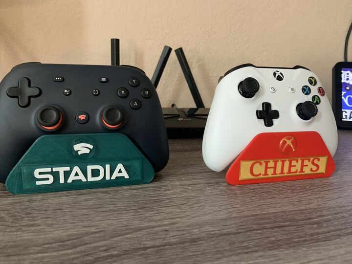 Universal Customized Controller Stand