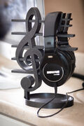 Headphone stand-1.jpg