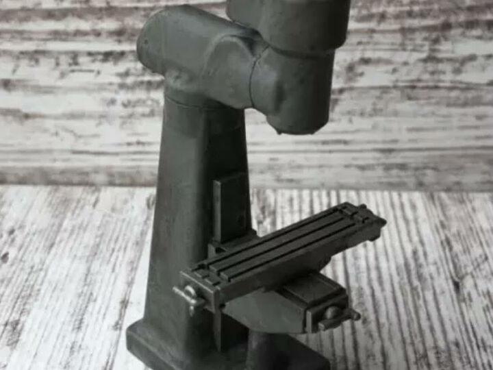 1:24 Scale Milling Machine