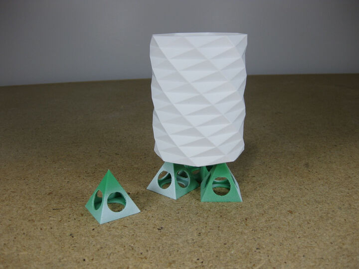 Pyramid Paint Stand