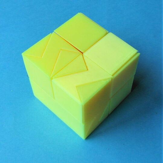 Handed Halfcubes ✱✱✱