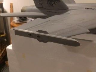 FMS FA 18 wingtip missile rail